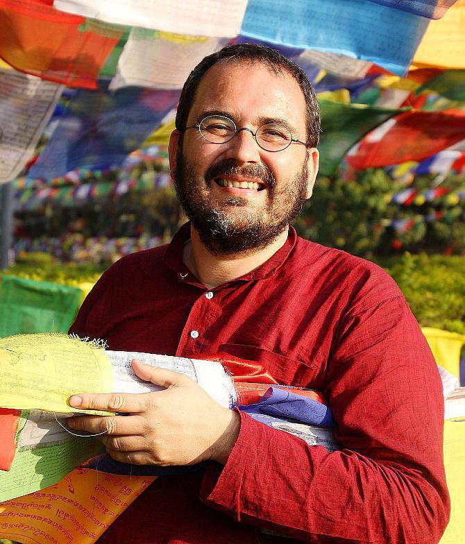 Yann Vagneux, prêtre des Missions étrangères de Paris vivant en Inde (1)