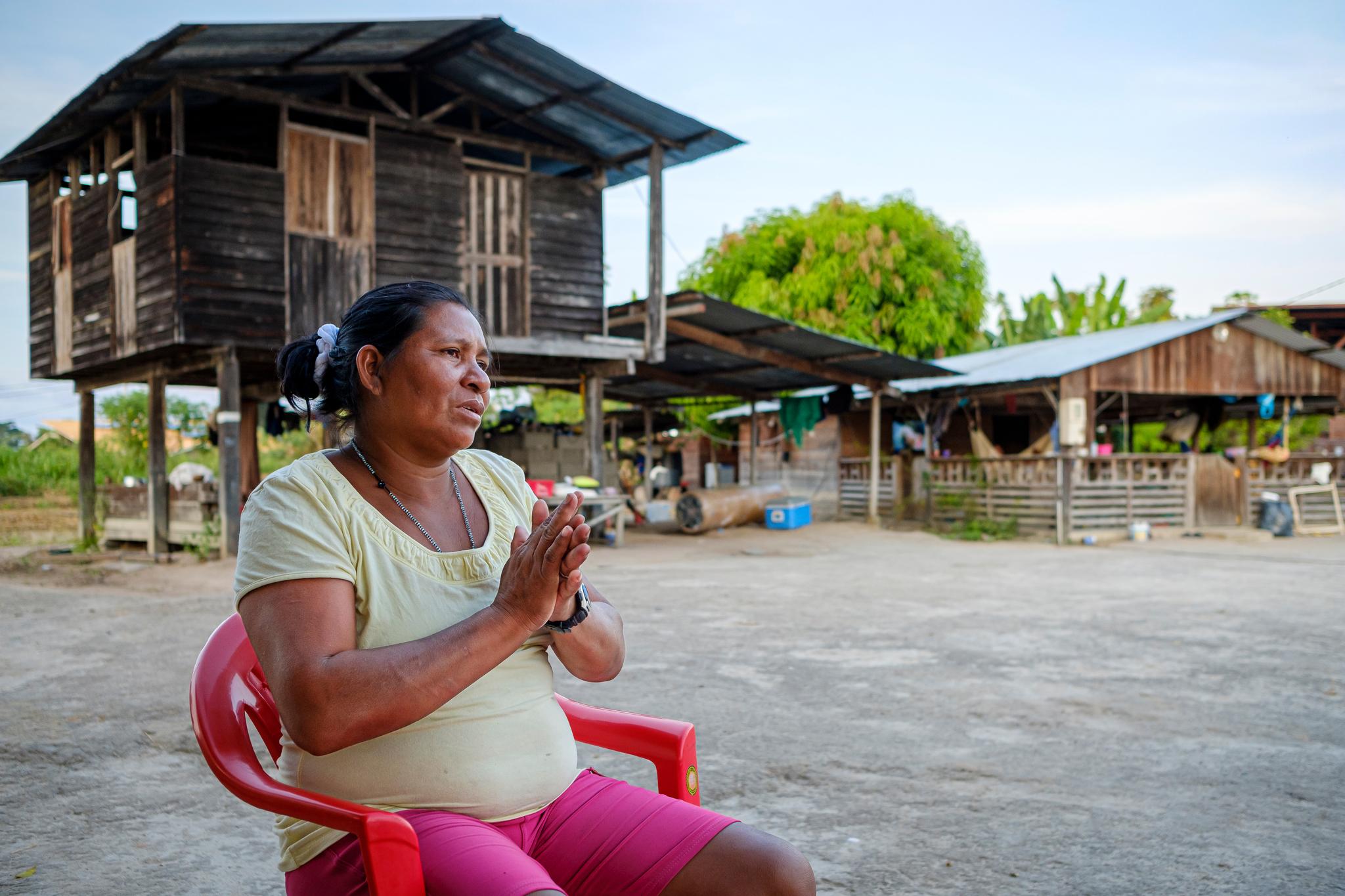 Marine Lamoureux (envoyée spéciale à Taluen, Maripasoula, en Guyane)