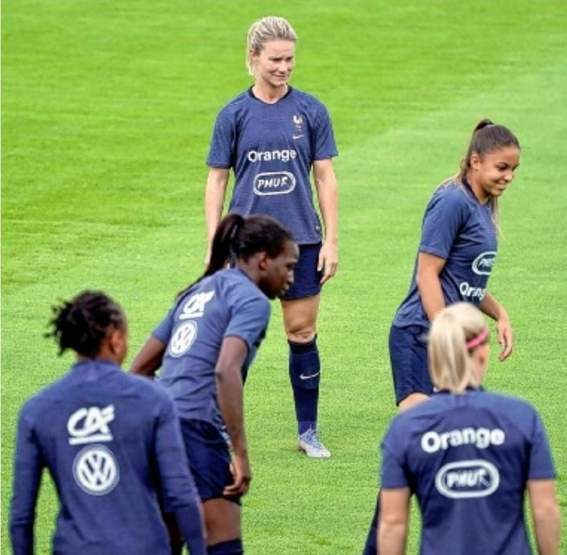 PAR GRÉGORY LALLEMAND,sports@lavoixdunord.fr,Lire aussi pages 46-47.