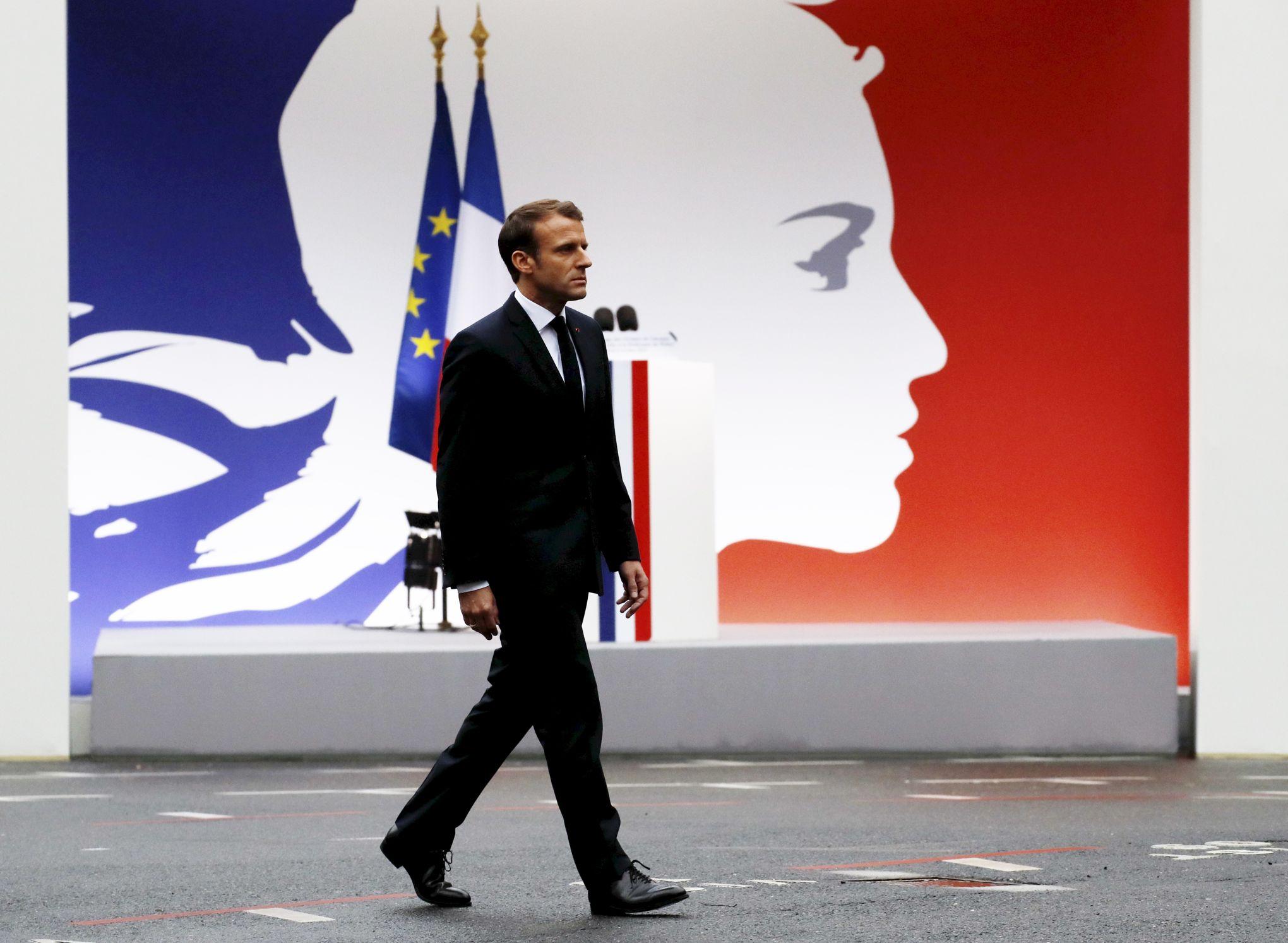 Calendrier Macron 2019.Face Au Piege Des Retraites Macron Pret A Assouplir Le