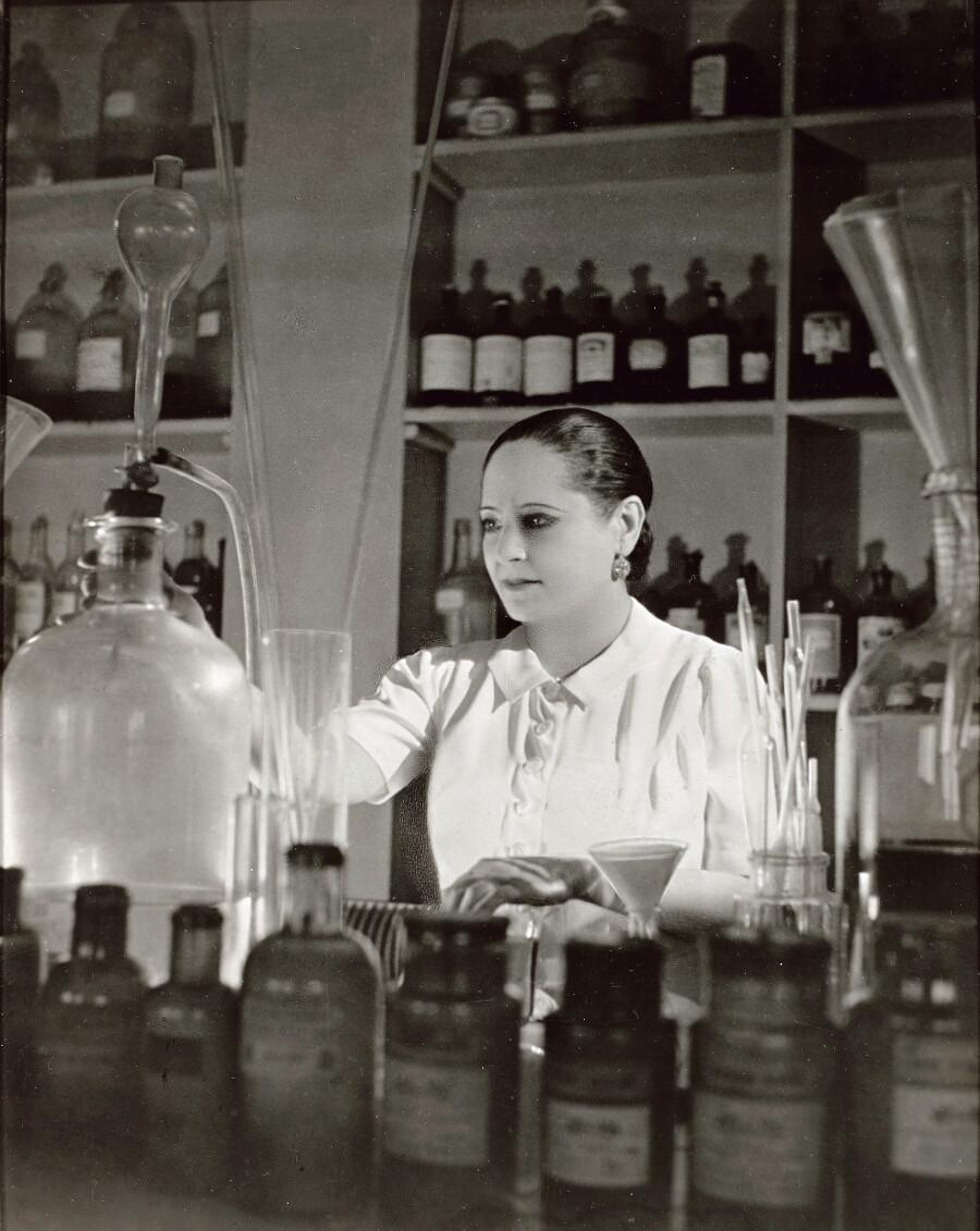 Claire Bommelaer