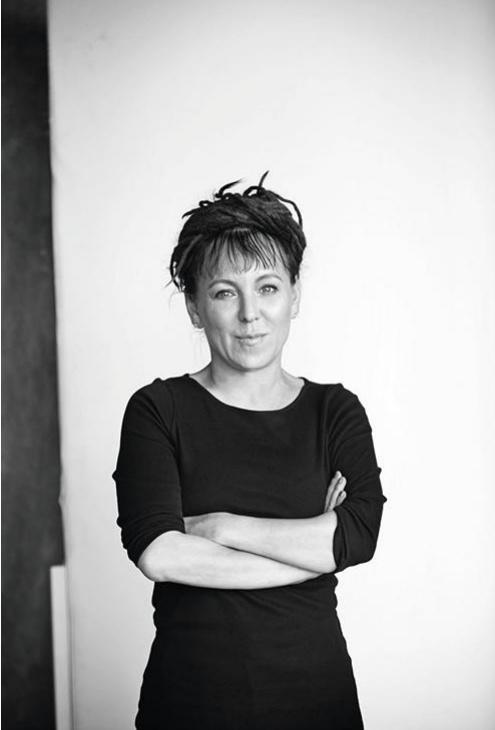 Estelle Lenartowicz