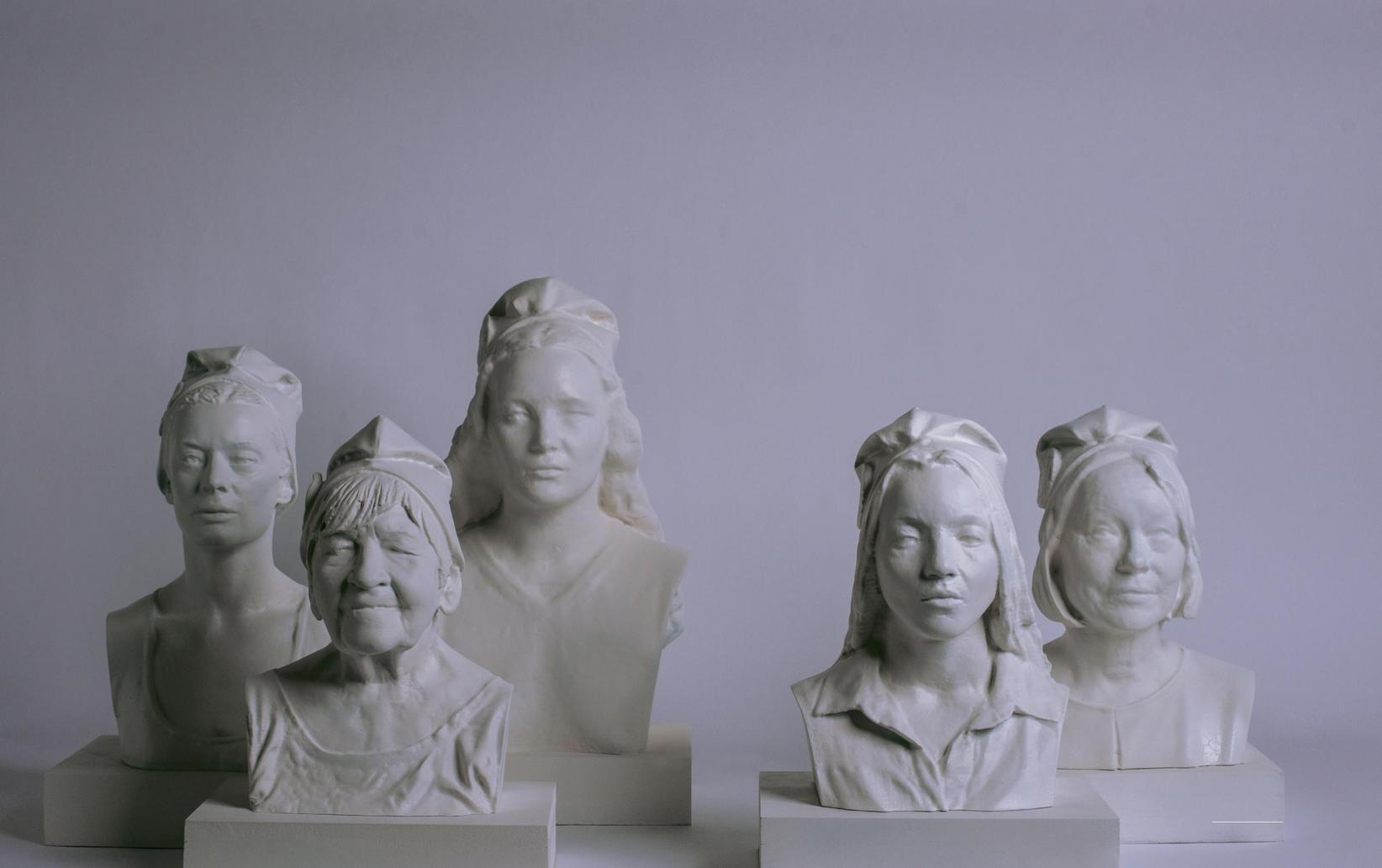 Par Catherine Durand, Corine Goldberger et Elsa Guiol — Photos Guillaume Herbaut Bustes réalisés par DL Additive