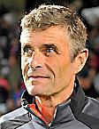 Recueilli par  Dominique Mercadier   ,  Bernard   ,  blaquarT   , Entraîneur  de Nîmes Olympique