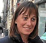 cLAIRE   , Touriste australienne,  , prof de français  à Sydney, par hasard place du Marché-aux-Fleurs