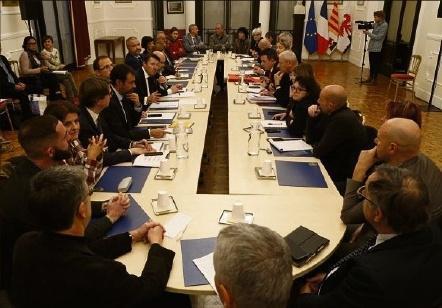 V. M. vmars@nicematin.fr