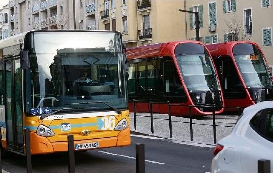 R. D. et F. M. agencenice@nicematin.fr