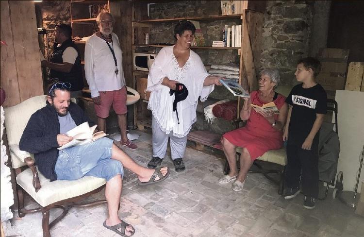 M. T.,Inauguration festive de l'espace Métri, 2 rue Xavier-Blanc, au Haut-de-Cagnes, aujourd'hui à 19h. Précédée, à 18h, par le vernissage, à l'office de tourisme du Haut-de-Cagnes, de l'exposition-hommage à Louisette Métri artiste peintre et Haut-Cagnoise disparue.