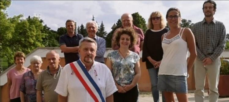 Le conseil compte onze membres.